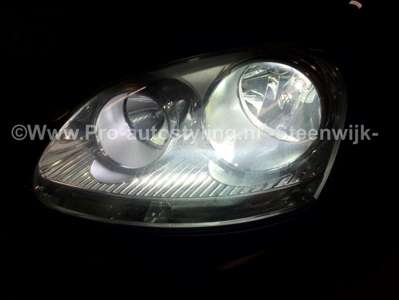 Deze mooie Volkswagen Golf 5 uit Uffelte >> Inbouw xenon door Pro ...
