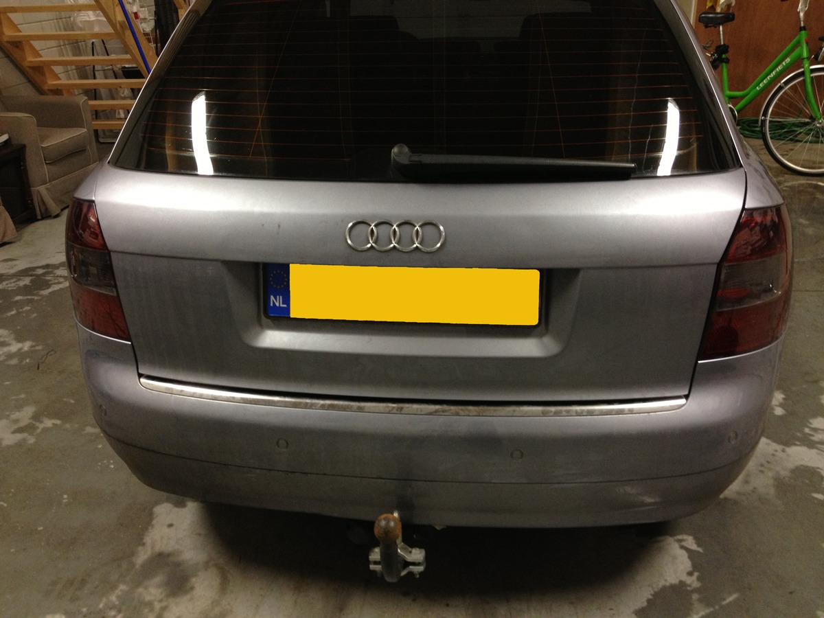 achterlamp gewrapped audi a4 avant met smoke tint / wrapping
